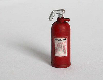 Plus Model EL005 Fire Extinguisher in 1:3 5 Fire-extinguisher 4 Piece Diorama
