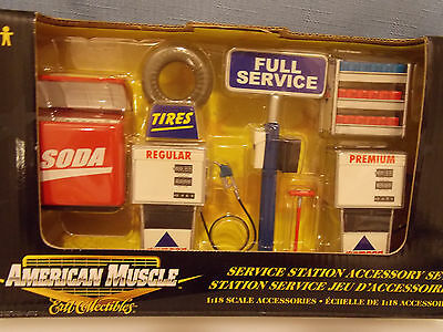 American Muscle -- Service Station Accessory Set -- 1:18 Scale