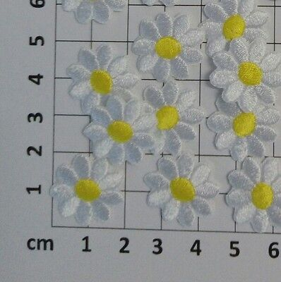 4 Pieces ~ Cute Daisy Flower ~ White Yellow Embroidery Iron On Patch / Applique