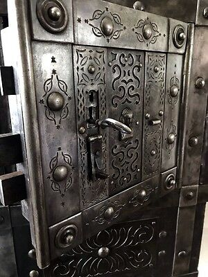 18 th Century Italian Antique Safe