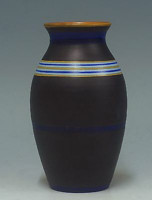 @ A PERFECT @ PZH matt Gouda Art Deco vase with abstract pattern Effect 1922