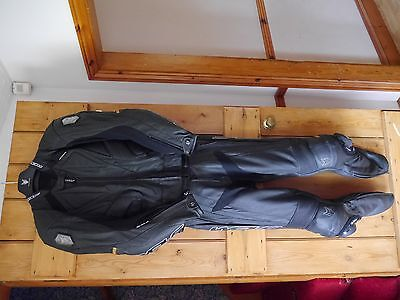Wolf Kangaroo 2 piece race leathers without hump