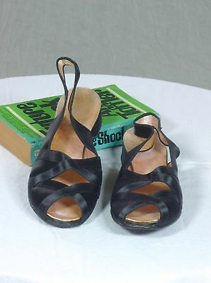 DANIEL GREEN vintage 40s black satin house slippers look brand new 7