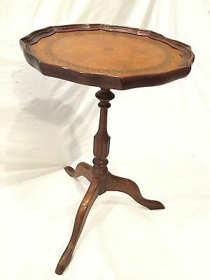 Mahogany Leather Top Pedestal Table Vintage Side End Lamp Tea