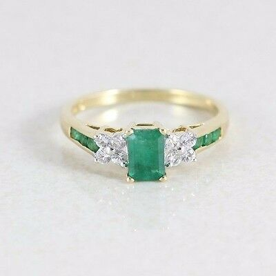 14k Yellow Gold Natural Green Emerald and White Topaz Ring Size 7 1/4