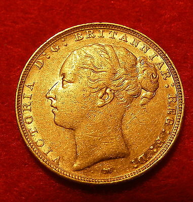 A Good Victoria 22 Carat Gold Full Sovereign. Dated 1886. M For Melbourne Mint.