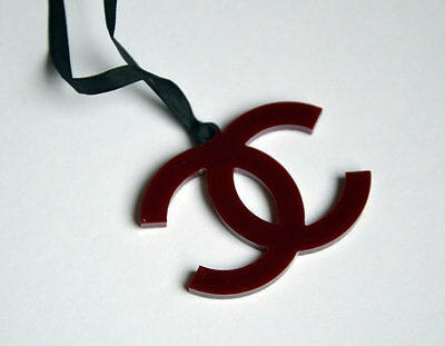 CHANEL VIP gift from beauty counter bordeaux plastic logo charm NEW
