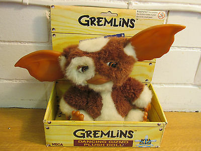 rare GREMLINS GIZMO soft plush toy SINGING BOXED NECA 9""