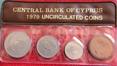Cyprus Coins - CBOC 1979   UNC -   100, 50, 25 , 5 Cents    in Plastic Holder