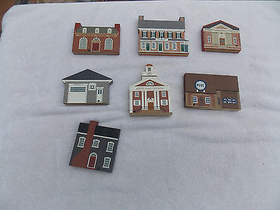 The Cats Meow Village lot 7 wood shelf sitters houses buildings Intercourse PA