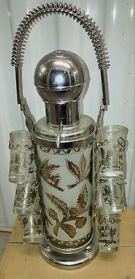 1950s Beautiful stunning shot glasses and matching pump decanter and stand