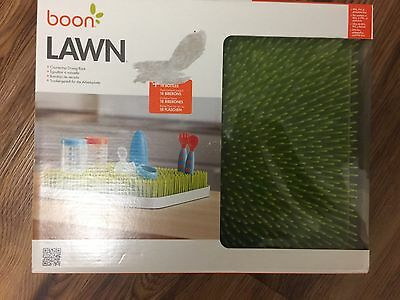 BOON Lawn Drainer for Baby Bottles And More NEW Grass Style Lighter Green