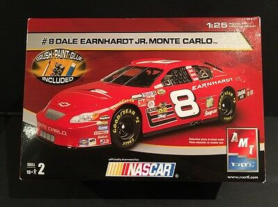 2004 AMT ERTL NASCAR #8 Dale Earnhardt Jr. 1:25 Monte Carlo Model Kit