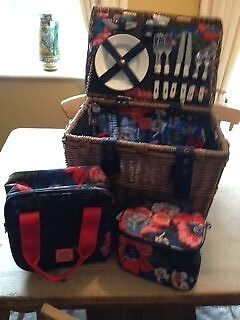 Joules Wicker Picnic Hamper for 4 with extra matching insulated bags.