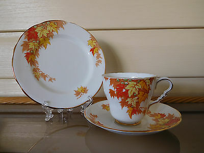 """Royal Stafford """"Autumn Leaves"""" Trio 7504 Made In England"""