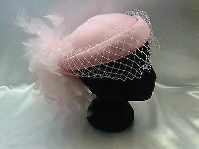 Women's Vintage 1940's Marida Pink Feather Pill Box Hat & Veil