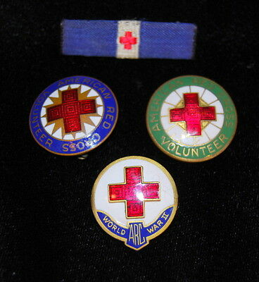 VTG Orig WWII US American Red Cross Service Enamel Pins Cloth Ribbon Lot of Four