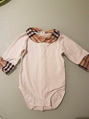 Body Burberry 6 meses