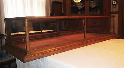 Antique Large Counter Top 5' Oak Display Case W/ Mirror Doors