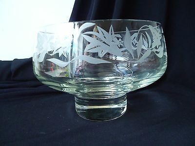 Beautiful Etched Glass Fruit/Salad Bowl