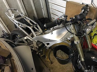 Yamaha R1 2001 Full Frame And Swing Arm With V5