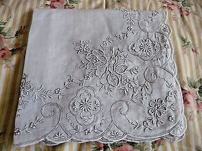 Hand Embroidery Pulled Work Hanky - Wedding - Vintage bridal