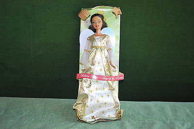 Holiday Angel 2005 BARBIE Doll Brunette w/ Shimmery Wings Christmas