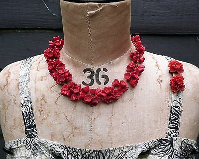VINTAGE Retro 1940s red VENETIAN Glass Floral Necklace, Murano