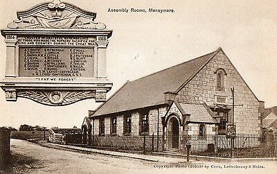 Assembly Rooms Moneymore With Ww1 War Memorial Derry Londonderry Ireland