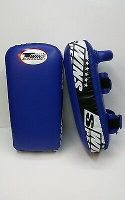Twins Special MMA Title Muay Thai Shield Kick Pads New Leather NWT Training Blue