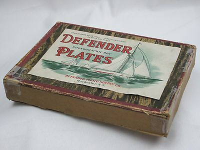 "Vtg Defender Dry Plate Co. 5"" x 7"" Photographic Dry Plates Box w/ One Used Plate"