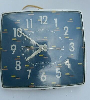 Vintage General Electric Wall Clock Model 2H42 Retro Design 50s 60s Tested Works