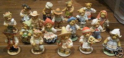 18 piece CHERISHED TEDDIES 1996 Countries of the World MINT Unused ENESCO Boxed