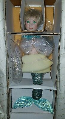 NEW RARE 1996 Serena By Judy Belle & Danbury Mint Mermaid Doll Accessories