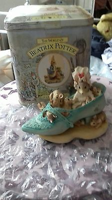 Border Fine Arts Beatrix Potter Old woman who lived in a shoe