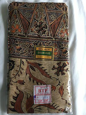 Pinks Boutique Massage Sarong Couch Cover
