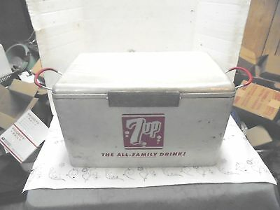 aluminum metal cooler 7up the all family drink soda pop cronstroms nice logos