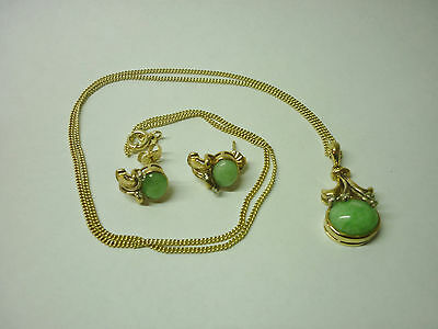 9ct Yellow Gold Diamond & Jade Earrings & Necklace