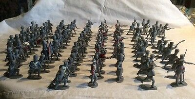 Airfix 1/32 scale Waterloo 1815 Napoleonic Soldiers x 100 in good condition.