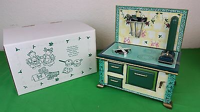 New Muffy Vanderbear Jam Session Metal Antique Style Stove W/ Utensils