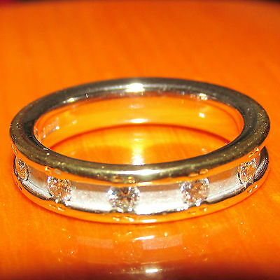 STUNNING  SECONDHAND  18ct 2 COLOURS GOLD  DIAMOND SET BAND RING SIZE I1/2
