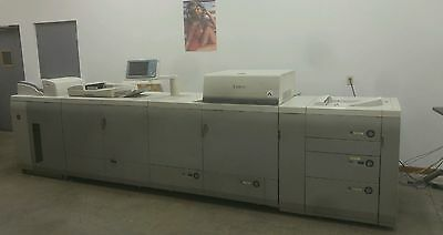 Canon ImagePRESS C7000 VP - with High Capacity Stacker - ImagePRESS Server 3000