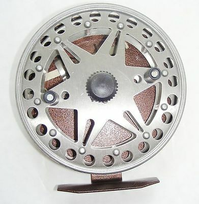 FLOAT-SPINNING-FISHING-REEL-CENTRE-PIN-5-with-2-Ball bearings. NEW