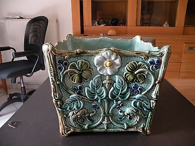Majolica superb french gardener in barbotine art nouveau 1900's