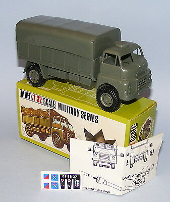 AIRFIX 1/32nd SCALE BEDFORD RL ARMY TRUCK VINTAGE 1970's NEAR MINT BOXED
