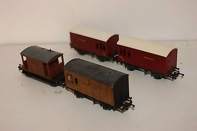 TT gauge 3mm GOOD/EXCELLENT 4x Triang Wagon Horsebox and Brakevan