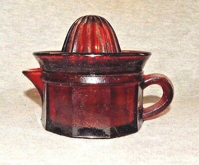 RED GLASS 2 PC. Glass Citrus Juicer Reamer Finger Handle Paneled 1 Cup