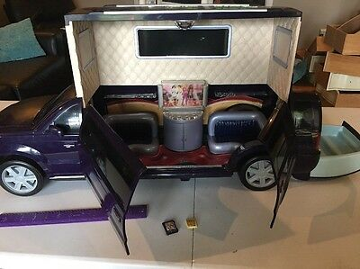 LARGE MY SCENE BARBIE HOLLYWOOD POP UP LIMO LIMOUSINE With HOT TUB