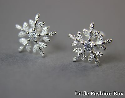 925 Sterling Silver Tiny Snowflake Stud Earring with Cubic Zirconia UK New 0.76g