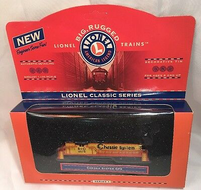 Lionel Series 1 Chessie System GP9 with Decorative Tin 1:120 Scale